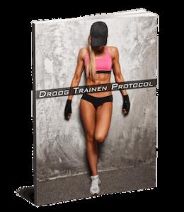 Alles wat je nodig hebt in één simpel te volgen protocol De exacte methode die wij gebruiken om ons vetpercentage te verlagen Inzicht in jouw dagelijkse calorieverbruik (voor jouw lichaam en levensstijl) Uitleg hoe wij ''diëten'' (alles eten wat je lekker vindt en toch vet verliezen) Uitleg over effectief trainen voor optimaal resultaat (krachttraining en cardio) Onze exacte strategieën voor blijvend vetverlies (geen jojo effect meer) Wij hebben dit succesvolle protocol geschreven zodat jij 100% zelfstandig aan de slag kan. Jij krijgt alle praktische en nuttige informatie die jij nodig hebt om resultaat te bereiken. Geen overbodig info. Gewoon een helder stappenplan met alle informatie over training, voeding en lifestyle waar jij resultaat mee gaat bereiken.