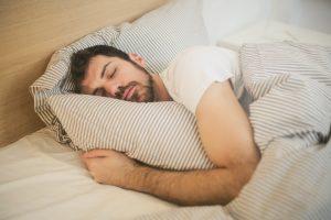 Hoeveel uur slaap heb je nodig